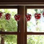 apple garland 150x150 Apples
