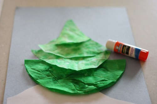 IMG 9676 500x333 Coffee Filter Christmas Tree
