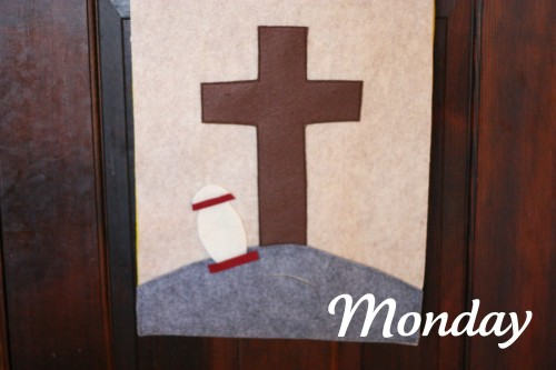 Easter2 500x333 Holy Week Easter Banner (Product Review)