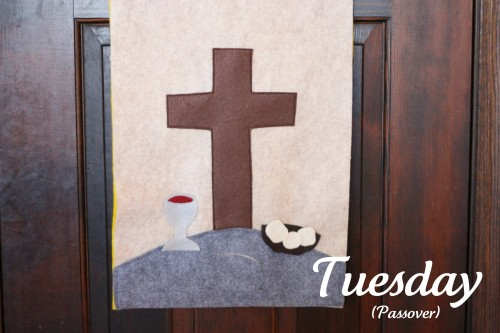 Easter3 500x333 Holy Week Easter Banner (Product Review)
