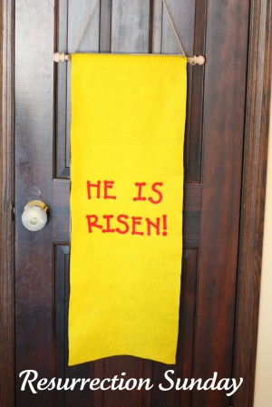 Easter8 300x449 Holy Week Easter Banner (Product Review)