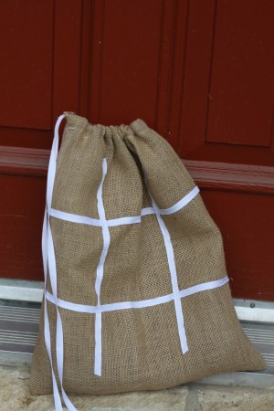 IMG 5926 300x450 Burlap and Branches Tic Tac Toe Game in a Bag
