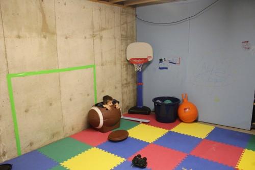 IMG 6801 500x333 Storage Room turned Kids Winter Oasis