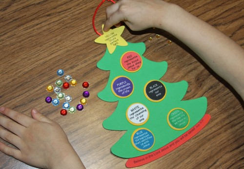 Colors of Faith Christmas Tree Craft 500x346 Show and Share Saturday Link Up!
