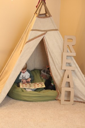 IMG 7830 300x450 Easy Decor Idea to Promote Reading