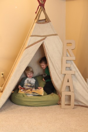 IMG 7832 300x450 Easy Decor Idea to Promote Reading