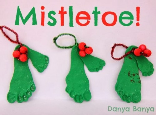 DIY Mistletoe decorations p 500x371 Show and Share Saturday Link Up!
