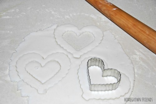 Stamping the Salt Dough 500x334 Suncatcher Heart Garland