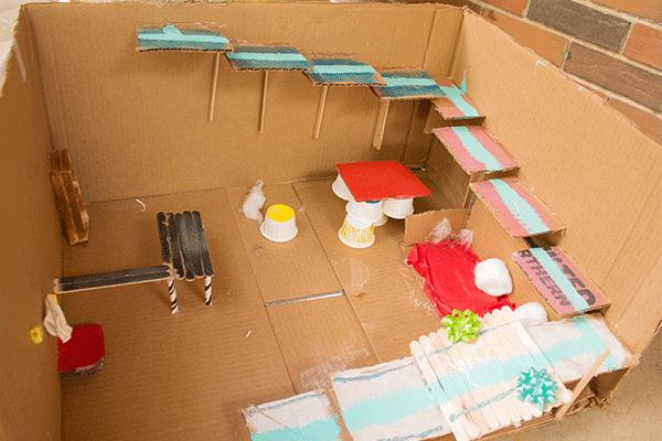 cardboard-hotel3
