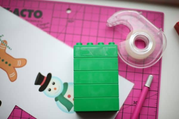How to make LEGO Christmas Puzzles