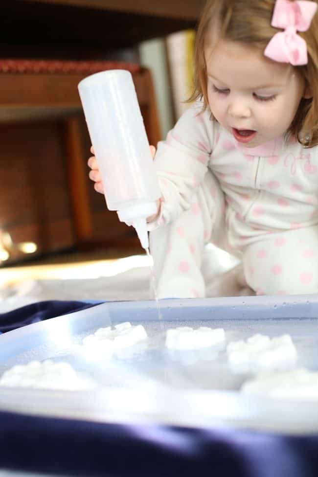 Indoor Activity For Toddlers Fizzing Snowflakes I Can