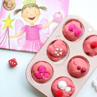 Pinkalicious Roll & Count Playdough Cupcakes